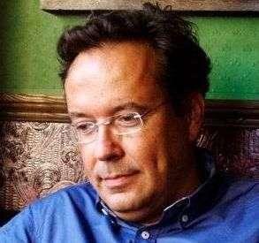 """""""La ciencia teme lo inmaterial, pero lo inmaterial mueve el mundo"""" – Entrevista a Juan Arnau"""