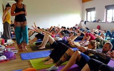 Fotos de la convivencia en Suesa 2018 y del último seminario de Formación de profesores de Yoga y Yogaterapia