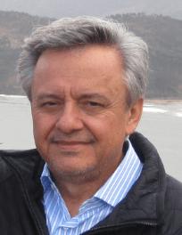 Entrevista a Jorge Carvajal Posada, médico e inspirador de la Sintergética.
