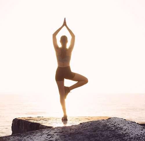 Los asombrosos beneficios de practicar yoga
