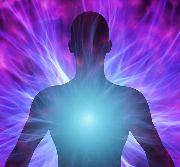 Los seres humanos emitimos luz (y esa luz dice muchas cosas)
