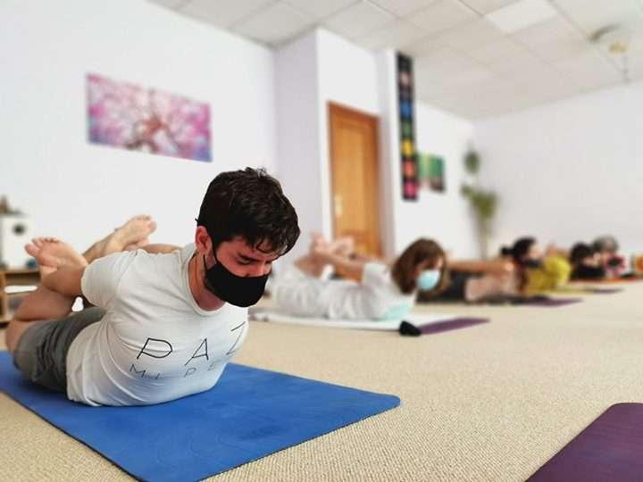 Fotos del Seminario de Mayo, 2021 – Formación de Profesores de Yoga y Yogaterapia, Presencial y online