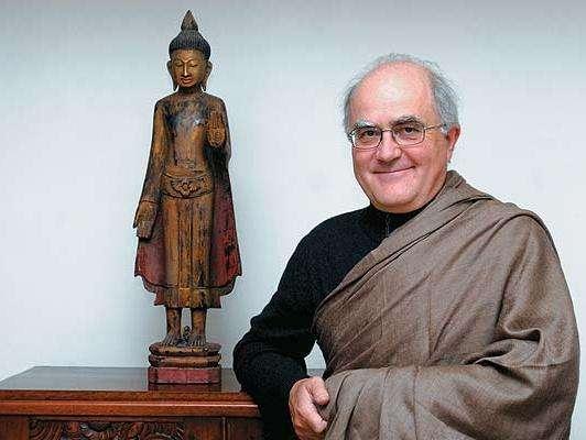 «La meditación te ayuda a navegar en la vida»