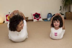 Yoga niños jovenes